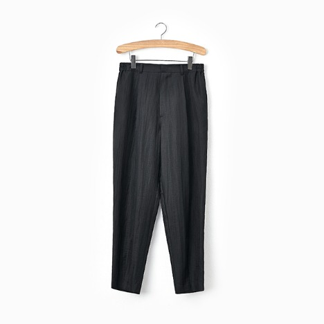 N.5 CREASE PANTS Black